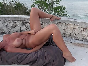 amateur big-tits boobs brunette dildo feet foot-fetish hot juicy